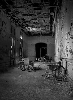 Gravesend Asylum* Located at an undisclosed place in United States of America US      Location Genre:Psychiatric Hospital      Built:N/A     Opened:N/A     Age:N/A     Closed:1974     Demo / Renovated:N/A     Decaying for:40 years     Last Known Status:Abandoned