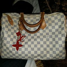 Authentic  Louis  Vuitton  Azur speedy  35 Very selective  trades.  Only considering trades for another  large lv. Comes with lock, key, receipt  and dustbag ( charm not included ) Louis Vuitton Bags Satchels