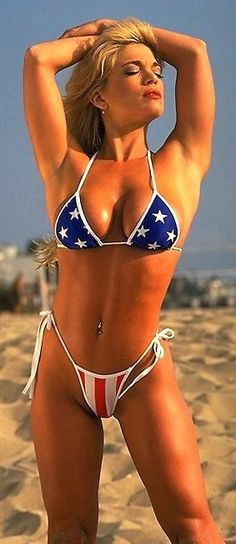 Stunning Ripped Girls from the Gym,Beach and the World of Sports. New Ripped Girls Added Daily Flag Bikini, Bikini Beach, Sexy Bikini, Bikini Girls, American Pride, American Women, American Girl, American Spirit, Ripped Girls