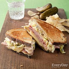 Ham & Swiss Reubens with Savoy Cabbage & Green Onion Dressing @keyingredient #cheese #sandwich #bread