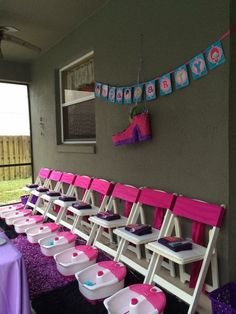 Pedicure station ideas birthday parties Ideas for 2019 Spa Day Party, Kids Spa Party, Sleepover Birthday Parties, Pamper Party, Diy Spa Birthday Party, Salon Party, Teen Parties, Bachelorette Parties, Birthday Ideas