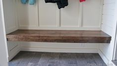 freckles chick: Mini mudroom: tiled & benched