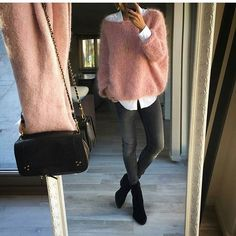 Ootd via @banso73 ✔ #fashionable #fashion#fashionblog #fashionista #fashionpost#blogger #beautiful #matching #gorgeous#goals #girl #photooftheday #beauty#instapic #instalike #instalove #perfect #style#stylish #streetstyle #outfit #ootd #inspo#webstagram #fashionblogger #inspiration#fashionselection #outfitoftheday