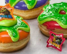 If you're looking for a tasty slime time this week, you'll want to try making these rad Teenage Mutant Ninja Turtles Slime Donuts!