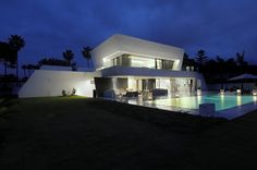 Sotogrande House in Spain by A-cero