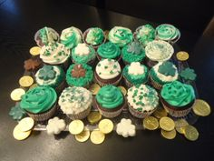 St Patrick's Day Shamrock Cupcakes | Delightfully Divine A Sweet haven