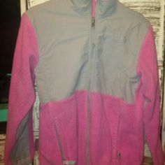 Northface pink jacket Great condition Girls Large Northface fleece North Face Jackets & Coats