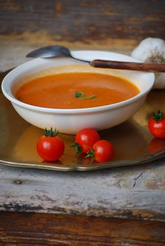 Tomato Soup, Thai Red Curry, Nom Nom, Food And Drink, Breakfast, Ethnic Recipes, Fit, Soups, Morning Coffee