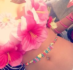 ♡ ♡ ♡ i want to make a kandi like this. It is such a good idea!