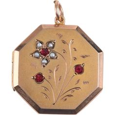 Lovely example of an Edwardian locket with an acid washed (bloomed gold) finish on both front and back. The front of the locket has a beautiful scene Antique Locket, Vintage Lockets, Antique Jewelry, Vintage Jewelry, Pendant Jewelry, Jewelry Necklaces, Charm Bracelets, Art Nouveau Jewelry, I Love Jewelry