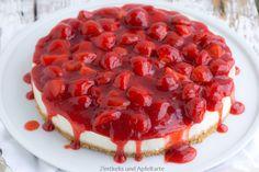 No-Bake-Holunder-Cheesecake mit Erdbeeren