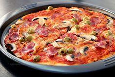 pizza 1 Romanian Food, Romanian Recipes, Hawaiian Pizza, Biscotti, My Recipes, Vegetable Pizza, Quiche, Vegetables, Breakfast