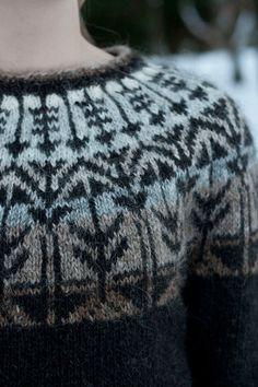 Ravelry: Project Gallery for Veðurfræðingurinn - weatherman pattern by G… Fair Isle Knitting, Hand Knitting, Knitting Designs, Knitting Projects, Knitting Patterns, Crochet Patterns, Icelandic Sweaters, Yarn Shop, Knit Crochet