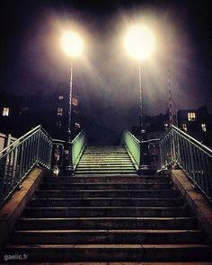 Rite de passage 2018 #parisstreet #nighttime #architecture #stairs #citylights