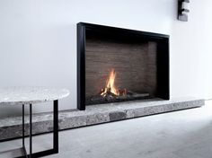 Camino a gas / moderno / design originale / chiuso Unique L MF 1300-95 GHE 1S Metalfire