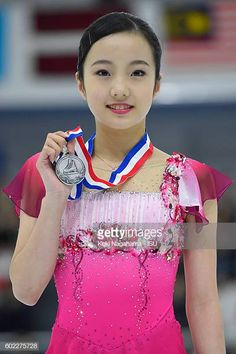 Silver medalist Marin Honda of Japan poses for photographs on the podium after the medal ceremony during the ISU Junior Grand Prix of Figure Skating - Yokohama on September 2016 in Yokohama,. Get premium, high resolution news photos at Getty Images Kim Yuna, Figure Skating Costumes, Figure Skating Dresses, Ice Dance Dresses, Medvedeva, Ice Princess, Beautiful Figure, Female Athletes, Ice Skating