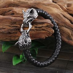 Love this Wolfs head bracelet.