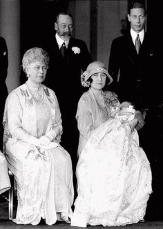 Queen Mary, King George, Prince Albert and Princess Elizabeth with baby Elizabeth