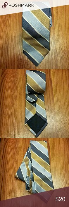 Men's Jos. A Bank Necktie Jos. A Bank necktie. 100% silk. Made in Italy. Rough texture in feel. Has been worn several times but still in good condition. Jos A. Bank  Accessories Ties