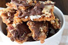 CHOCOLATE COCONUT CRACKER TOFFEE #food #foodporn #foodies