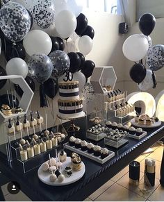 Decoration Birthday Party Ideas Create your perfect party with various decorations like the picture below!Choose from some of plain and themed birthday party decorations including banners, bunting, paper decorations, pom poms,baloon and more. Decoration Birthday Party, Birthday Decorations For Men, Graduation Party Decor, Paper Decorations, Black And White Party Decorations, Birthday Party Decorations For Adults, All Black Party, Black White Parties, Graduation Centerpiece