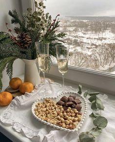 Dessert Drinks, Dessert Recipes, Desserts, Table Decorations, Chocolate, Winter, Christmas, Beautiful, Food
