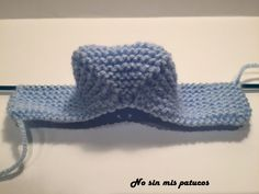 Hemos terminado el empeine del patuco. Baby Kids, Baby Boy, Knitted Booties, Huaraches, Diy And Crafts, Hello Kitty, Kids Fashion, Crochet Hats, Booty