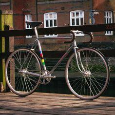 "Edmund Marshall Lovsey (@ednuumd) on Instagram: ""Just finished my newest bike build, 1951 Carlton Flyer track bike"""