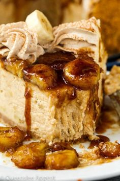 cheesecake recipes This Bananas Foster Cheesecake is made with a buttery brown sugar and cinnamon spiced vanilla wafer/graham cracker crust. This amazing crust is then filled with a Banana Foster Cheesecake Recipe, Cheesecake Recipes, Dessert Recipes, Cheesecake Squares, Cheesecake Cake, Cheesecake Bites, Banana Foster Recipe, Banana Pudding Cheesecake, Salty Cake