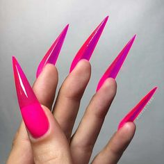 You have to try jelly nails - Nageldesign 2018 - Stiletto Shaped Nails, Long Stiletto Nails, Long Nails, Pointed Nails, Nude Nails, Black Nails, Sparkly Nail Designs, Sparkly Nails, Glitter Nails