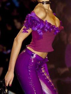 vlada-sasha-natasha:Dior by John Galliano 2004 2000s Fashion, High Fashion, Fashion Show, Fashion Looks, Fashion Outfits, Fashion Design, Classic Fashion, Fashion Fashion, Spring Fashion