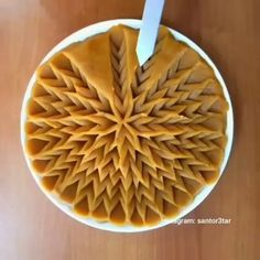Creative and Beautiful Vegetable Silhouettes - Delicious Food Homemade Desserts, Dessert Recipes, Halva Recipe, Pie Crust Designs, Pastry Design, Food Garnishes, Food Platters, Food Decoration, Food Humor