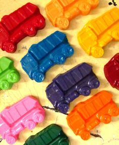 Dump truck crayons