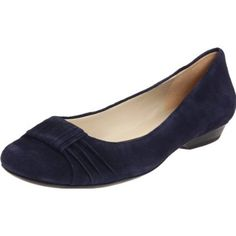 i would like some naturalizer shoes. i hear they are super comfortable.