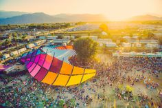 CONFIRMED: Here Are The Artists To Look Forward To At Coachella 2016: Coachella's 2016 lineup islookingpretty sweet so far. California's massive and globally anticipated music festival is coming back this April. Prior to the 2016 edition, the festival has just dropped a short, albeit no less exciting list of artists. Coachella's upcoming edition will feature the likes ofDubfire: HYBRID,Chic with Nile Rodgers,St German,Parov Stela,Jean-Michel Jarre,SZA, andGarlic Crab …