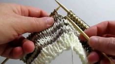 "Really Clear: Creating a ""Jogless Jog"" when Knitting Stripes in the Round"