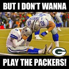 Meanwhile in Texas. Nfl Jokes, Funny Football Memes, Dallas Cowboys Funny, Funny Nfl, Funny Sports Memes, Sports Humor, Cowboys Memes, Hilarious, Packers Memes