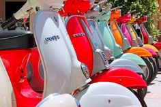 Image about love in Italie by CamilleRosarío on We Heart It Scooter Bike, Vespa Scooters, Vespa Motorbike, Vespa Smallframe, Vw Beetles, Retro Vintage, Vintage Vespa, Vintage Italy, Motorbikes