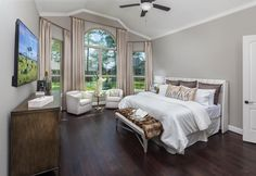 We like the FLOOR! What feature in this bedroom do you ADORE?!