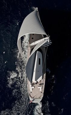 Sailing Yacht - Seatech Marine Products / Daily Watermakers