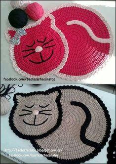 Cat Rug Crochet Pattern by PaperButtercup on Etsy Chat Crochet, Crochet Home, Love Crochet, Crochet Crafts, Crochet Projects, Beautiful Crochet, Irish Crochet, Motif Mandala Crochet, Crochet Motifs