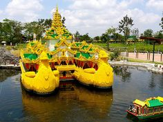 Get a Singapore and #Malaysia package from #Chennai and plan an exciting vacation either with friends or with #family. With so many tourist attractions in these places, you will definitely have a memorable time.