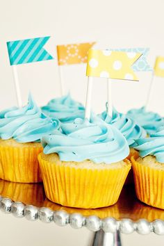 cupcake flag toppers