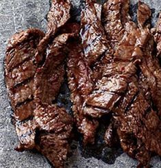 Asian Recipes Recipe for Korean Sizzling Beef - This succulent recipe is based on bulgogi, a classic Korean dish of sliced beef that's marinated in soy sauce, sugar, sesame oil and garlic, then grilled. Meat Recipes, Asian Recipes, Cooking Recipes, Sirloin Recipes, Fondue Recipes, Recipies, Korean Beef Recipes, Beef Kabob Recipes, Beef Recipes For Dinner