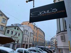 Beim ersten Schnee erst recht an heißen Kaffee ;-) #joulskaffee #brennpunktcoffee Hot Coffee, Broadway Shows, Snow, Photos, Pictures, Eyes, Let It Snow