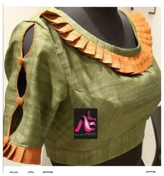 Blouse Back Neck Designs, New Saree Blouse Designs, Blouse Designs Catalogue, Simple Blouse Designs, Stylish Blouse Design, Sleeves Designs For Dresses, Sleeve Designs, Designer Blouse Patterns, Fasion
