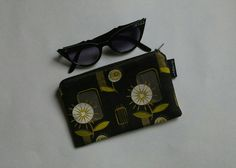 Check out this item in my Etsy shop https://www.etsy.com/ca/listing/397844527/mid-century-modern-zipper-bag-retro