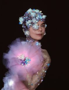 """ Bjork, 2001 (Photo: Warren du Preez & Nick Thornton-Jones)"" #cartonmagazine"