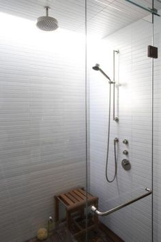 Bathroom Tiles and Shower head: Heath Ceramics offers tiles in unusual sizes, for a bathroom that has a contemporary freshness. Shown here is an installation of tiles, which can be stacked straight or subway-style Heath Ceramics Tile, Heath Tile, Bathroom Renos, Bathroom Wall, Modern Bathroom, Bathroom Ideas, Basement Bathroom, Bath Ideas, Bathroom Stuff
