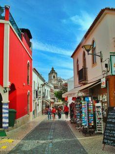 Rua Silva Lopes y Iglesia Sto Antonio - Lagos - Portugal ( Foto: Iñaki Garcia)